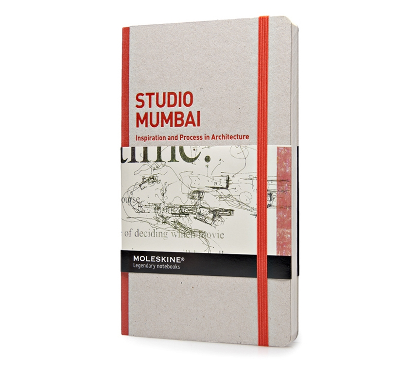 картинка Сборник дизайнерских работ Moleskine Inspiration and Process in Architecture, Studio Mumbai, Large (13х21см) от магазина Молескинов